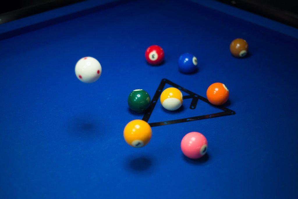 pool-1423861_1920